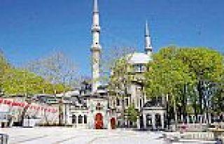 Eyüp Sultan'da hüzünlü Ramazan