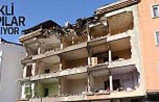 Eyüpsultan'daki riskli yapılar yıkılıyor