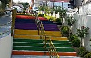 Eyüp'te Sokaklar Renkleniyor