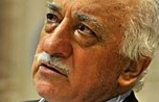 FETÖ elebaşı Gülen'in emekli maaşı kesildi