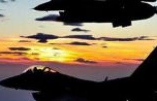 Fransa'da F-16 uçağı düştü