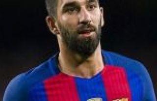Galatasaray, Arda Turan'ı 1 yıllığına kiraladı