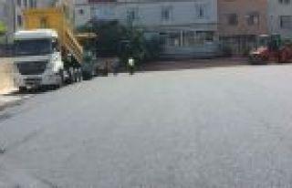 Gaziosmanpaşa Belediyesi Okul Bahçelerini Asfaltlıyor