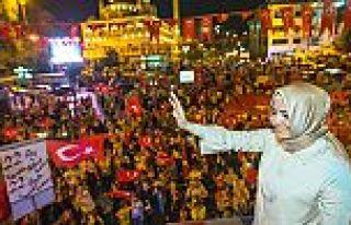 Gaziosmanpaşa'da demokrasi nöbeti sürüyor