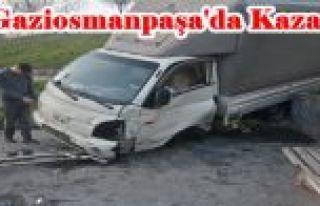 Gaziosmanpaşa'da Freni boşalan kamyonet Parkın...