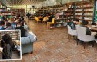 Gaziosmanpaşa'da Yeni Kütüphanenin İsmini Öğrenciler...