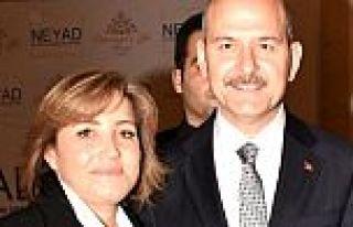 İçişleri Bakanı Süleyman Soylu ve eşi koronavirüse...