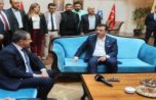 İmamoğlu'ndan Eyüp Sultan belediyesini ziyaret