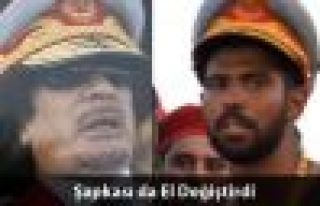İsyancılar Kaddafi'nin Yatak Odasına Girdi