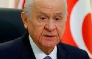 MHP lideri Bahçeli'den HDP'li belediye başkanlarının...