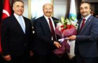 Sultangazi Belediyesi Abdurrahman Dursun Hizmet Bayrağını...