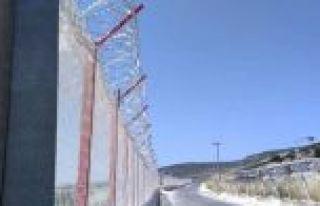Suriye sınırında ek önlemler alındı