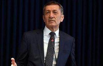 Milli Eğitim Bakanı Ziya Selçuk'tan 'liselerde yüz yüze sınav' açıklaması