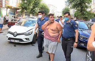 Gaziosmanpaşa'da yayalara çarpan sürücü linç edildi