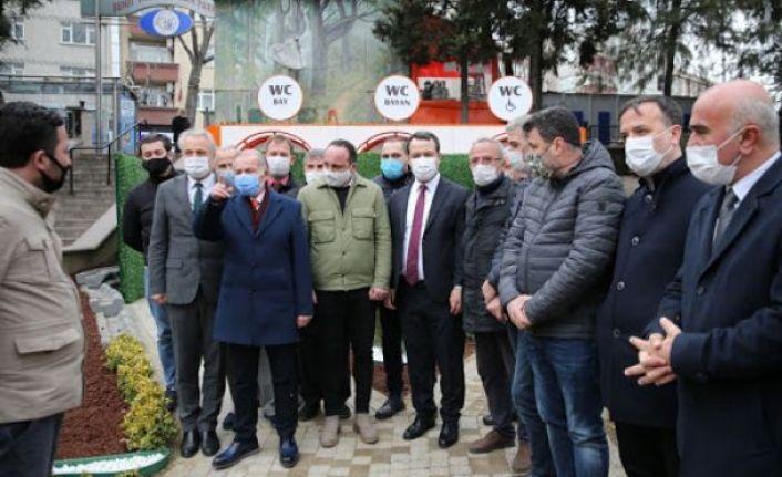 BAYRAMPAŞA'DA ACİL TOPLANMA ALANINA AKILLI TUVALET